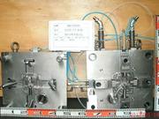 ガバナ 本体 鋳造機250t仕様 1個取り 4方抜きの画像