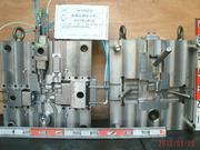 Eボディー 鋳造機305t仕様 1個取り 3方抜きの画像
